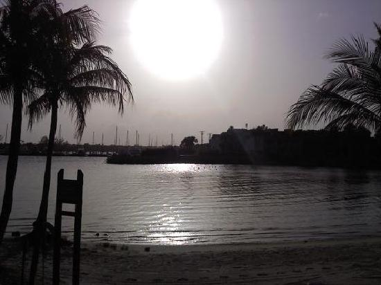 Club Med Sandpiper Bay: picture i took on my phone of the sunset at club med sandpiper.