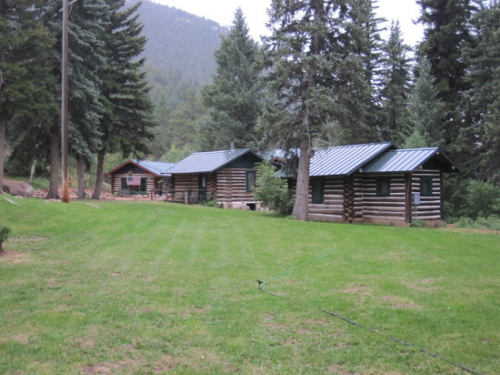The Broadmoor Ranch at Emerald Valley: 3 smaller cabins