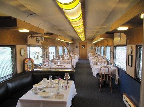 Red Caboose Getaway: Dining Cart Where Breakfast Is Served