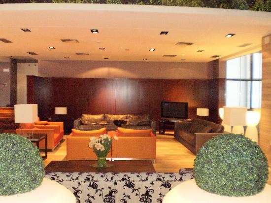 Sala de estar - Picture of Hotel Macia Real de la Alhambra ...