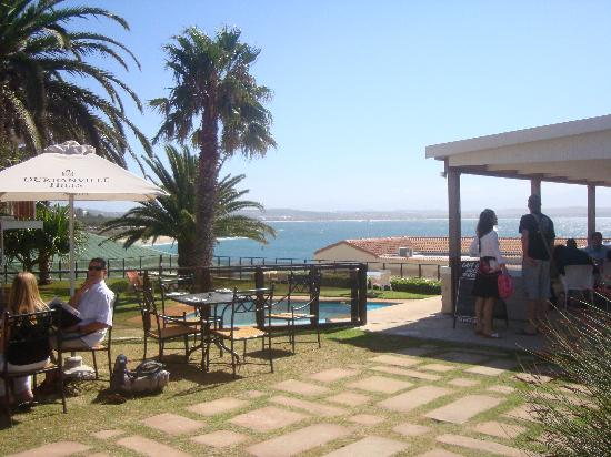 Cheetah Lodge: The view from one of the restaurants in Mossel Bay