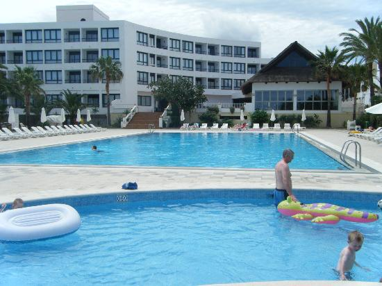 Marvell Club Hotel & Apartaments : The pools