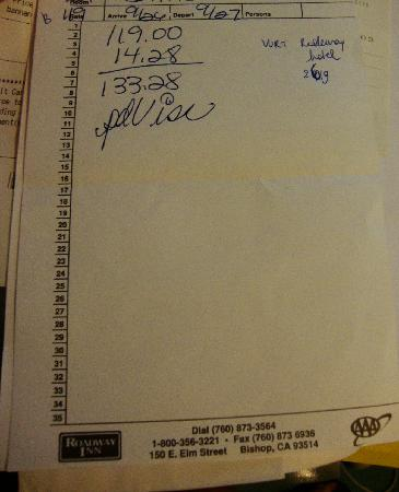 Econo Lodge Bishop: Their ROADWAY blocknote paper and their Rodeway credit card receipt