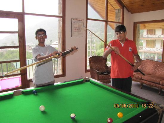 The Highland Park: Pranav and Manan playing Pool