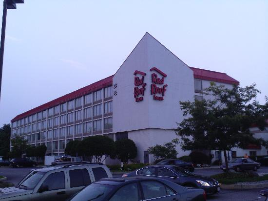 Red Roof PLUS+ Boston - Woburn: Red Roof Inn