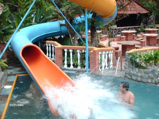 Rio Selva Resort - Yungas: que buen tobogan para infartarse