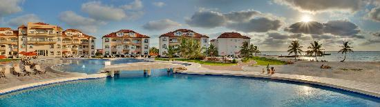 Grand Caribe Belize Resort and Condominiums: Unobstructed views from your accommodation