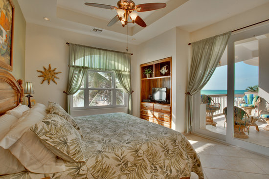 Grand Caribe Belize Resort and Condominiums: All bedrooms have views