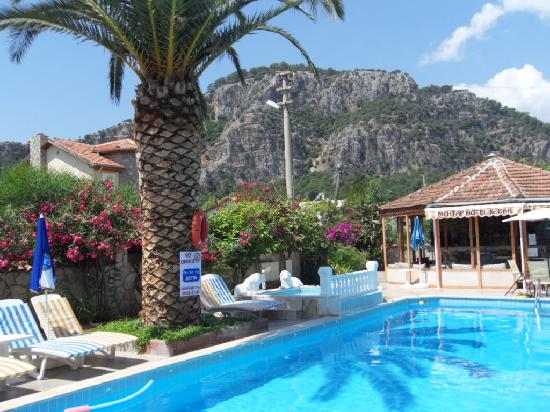 Mehtap Hotel Dalyan: the lovely pool