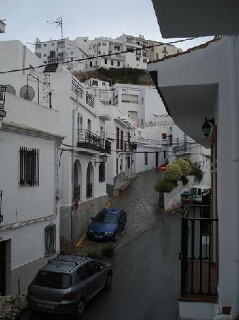 Salobreña, España: View up towards town