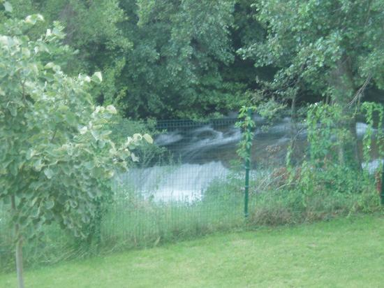 Pirin Park Hotel: View from room (river)