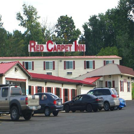 Red Carpet Inn Syracuse Airport: Red Carpet Inn, North Syracuse, NY