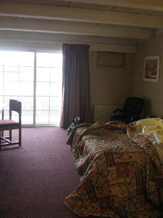 The Inside Of A Typical Room At The Red Carpet Inn In North