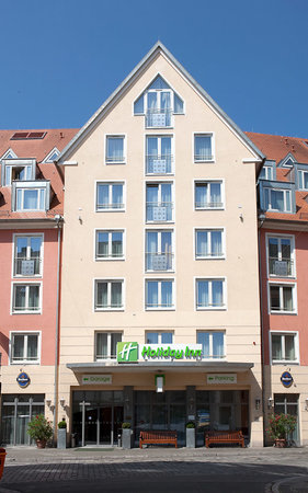 Holiday Inn Nurnberg City Centre: Hotel Exterior