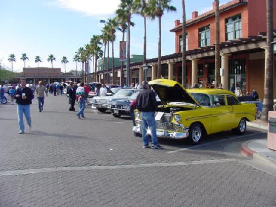 แชนด์เลอร์, อาริโซน่า: Classic Car Show