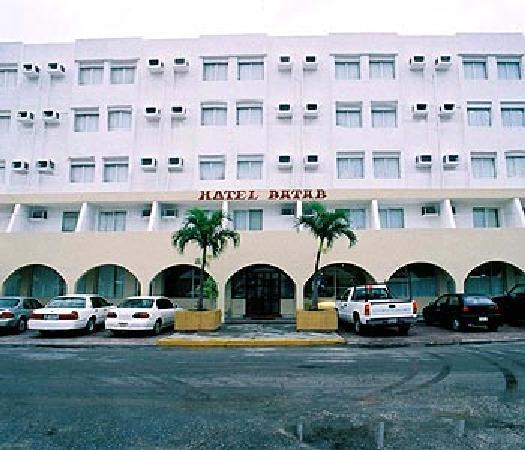 Hotel Batab: hotel_exterior