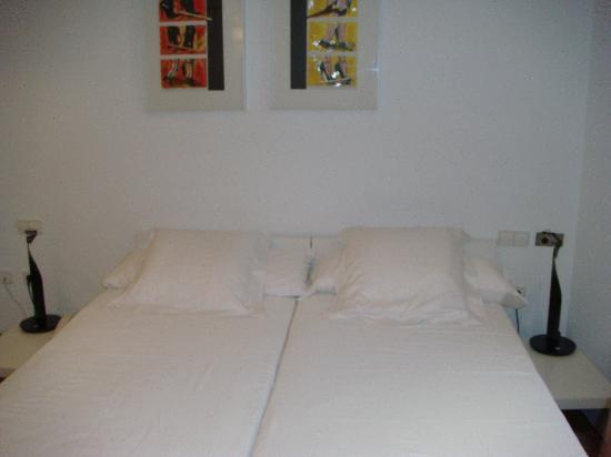 Hotel Nou Roma: habitacion