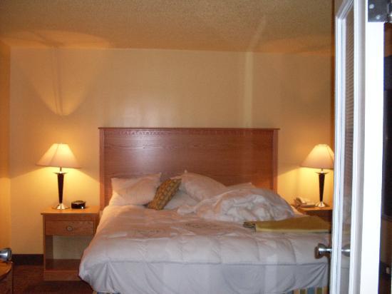 Ocean Key Resort: Master Bedroom