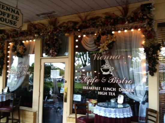 Vienna Cafe And Wine Bar Cooper City