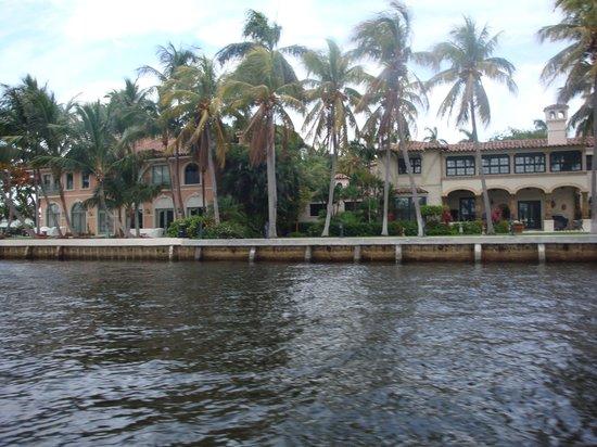 9.-Fort Lauderdale: vista de mansiones II