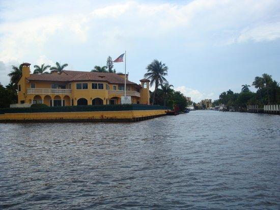 14.-Fort Lauderdale: vista de mansiones IV