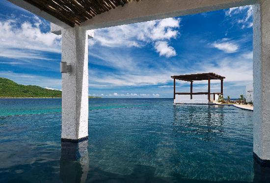 Bellarocca Island Resort and Spa: Our Seaside Pavillion Infinity Pool