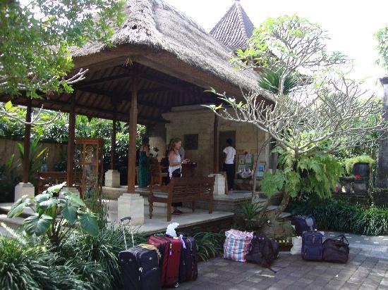 Ubud Bungalow: Reception