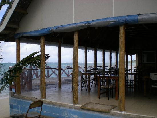 Lauiula Beach Fales: view of the restaurant/bar