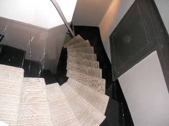 Hotel Bassano: Suite: Stairs from level 5 to 6