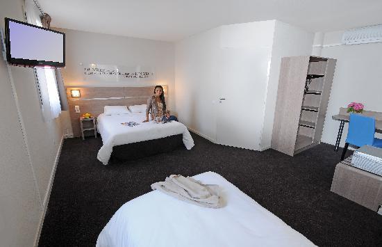 Kyriad lyon centre croix rousse hotel france voir for Prix chambre kyriad
