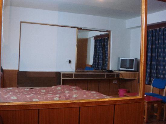 Khangri Hotel: Inside the room