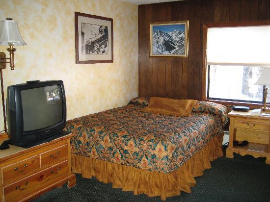 Tyrolean Lodge: Zimmer im Erdgeschoss (2)