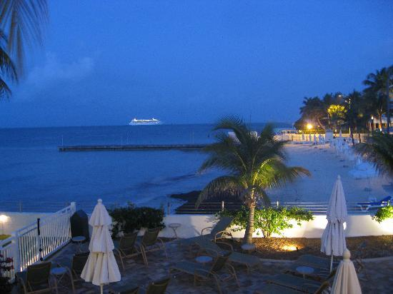 Southernmost Beach Resort: Morning view from the deck