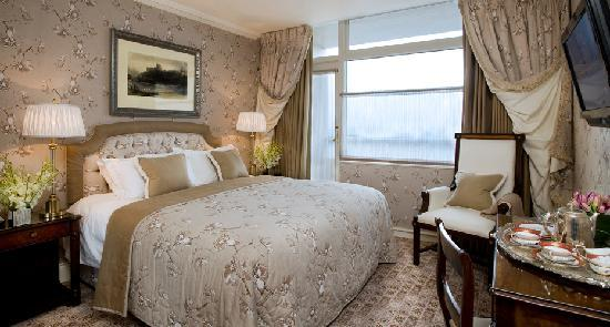 The Old Government House Hotel & Spa: Queen Room