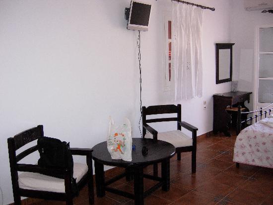 Yperia Hotel: interior