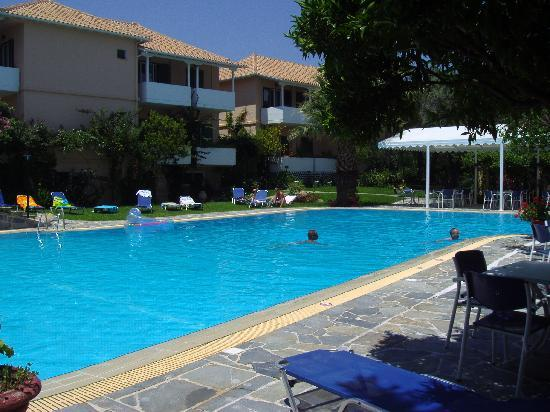 Hotel Konaki: Pool