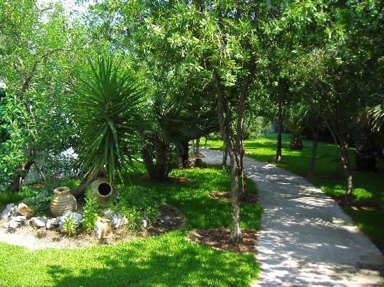 Hotel Konaki: Garden