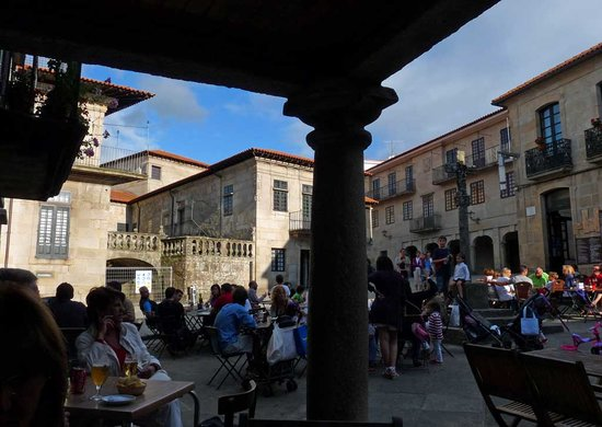 Pontevedra, España: Plaza Leña