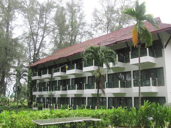 Amora Beach Resort: one of the many buildings