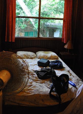 Hotel Amor de Mar: Small but clean room at Amor de Mar.