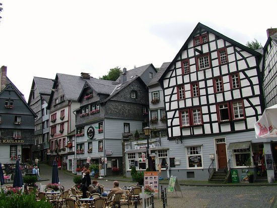 Hotel Bellevue:                   Monschau town centre