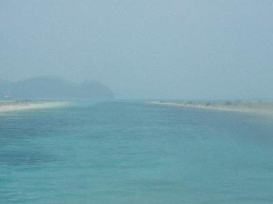 Koror Island, Palau: ボートから見たジャーマンチャネル