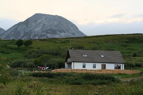 Sealladh Na Mara with Beinn Shiantaidh in the background