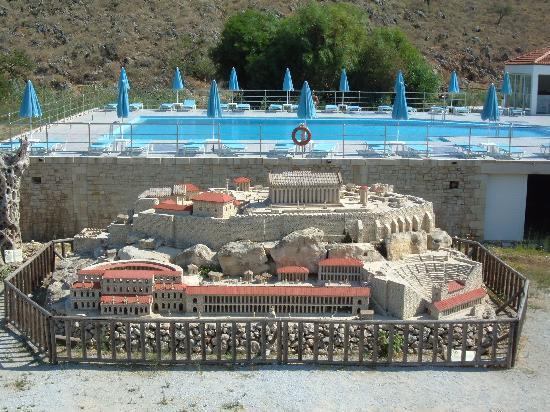 Kalivaki Studios Hotel : Mini Acropolis