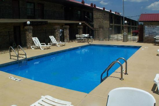 Days Inn Fort Payne: Pool