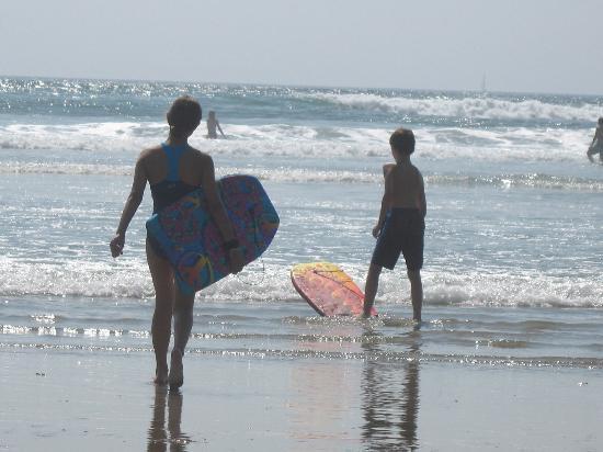 Ogunquit Beach: First time ever boogie boarding