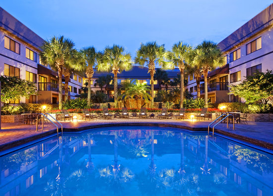 Sheraton suites orlando airport updated 2018 prices for Pool show orlando florida
