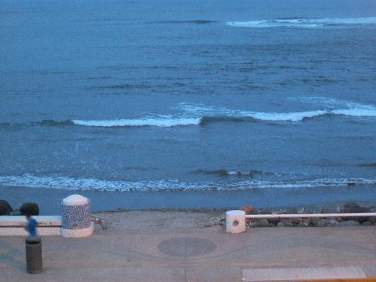 Hotel Playa Veracruz: Beach across the street