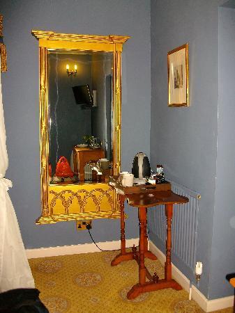 Welburn Lodge: Lovely furniture