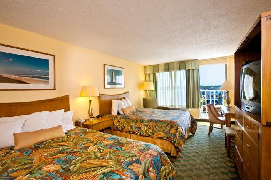 Ramada Plaza Nags Head Oceanfront: Streetview room